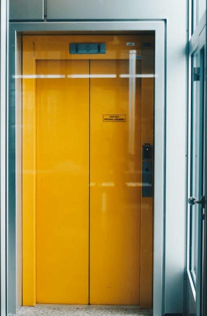 ascenseur claustrophobie